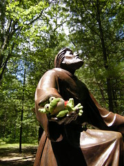 trees toxic statue bronze woods memorial catholic sad frog stfrancis reggie indianriver bonnieclyde crossinthewoods