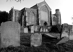 St. Michaels Church, Beccles, Suffolk (Pabs777) Tags: uk blackandwhite bw church monochrome grave blackwhite suffolk nikon graves gravestone churchyard 2009 gravestones beccles d80 nikond80 sigma1850mmexf28