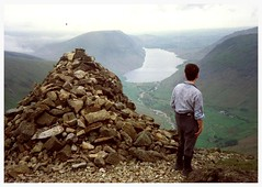 Westmoreland Cairn, Great Gable. (Paris-Roubaix) Tags: park lake english district great national cumbria wastwater cairn gable westmoreland