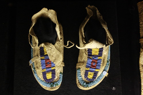 canon kid shoes native american moccasin d1000