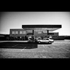 On the road - #128 (Marckovitch) Tags: blackandwhite bw blancoynegro monochrome car southafrica lost noiretblanc gasstation ontheroad inthemiddleofnowhere stationservice afriquedusud canonef24mmf28 canoneos5dmarkii canoneos5dmark2 silverefexpro2