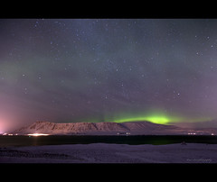 The Green Flash (elson99) Tags: longexposure sky mountains green canon landscape lights iceland flash aurora 5d auroraborealis ef24105mmf4l 5dmkii