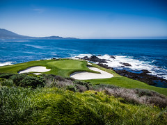 #7 green at Pebble Beach (jrodmanjr) Tags: california beach golf monterey pebble golfcourse pebblebeach montereypeninsula