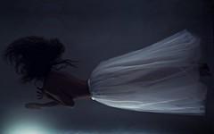 Gravity (Sus Blanco) Tags: light selfportrait surreal gravity conceptual noise darkart liteventana