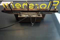 Florsheim 02396 (Omar Omar) Tags: california lighting ca usa america lights neon glendale mona muse electricity museo electricidad lumieres californie usofa florsheim elektro museumofneonart glendaleca glendalecalifornia focos electricit bombillas notlosangeles muzeo artedeneon artesdeneon