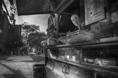 Chestnut Street, 2016 (Alan Barr) Tags: street people blackandwhite bw food philadelphia monochrome mono blackwhite candid streetphotography sp streetphoto gr ricoh chestnutstreet vendors foodcart 2016
