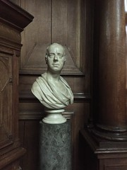 Don't call be babe (breakbeat) Tags: man college statue university indoor bust oxford brasennose