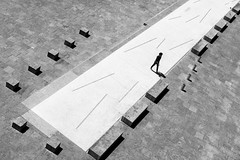 (Peter Wieczorek) Tags: street people blackandwhite bw blackwhite general stuttgart sony streetphotography minimal sw schwarzweiss carlzeiss sonya7rm2