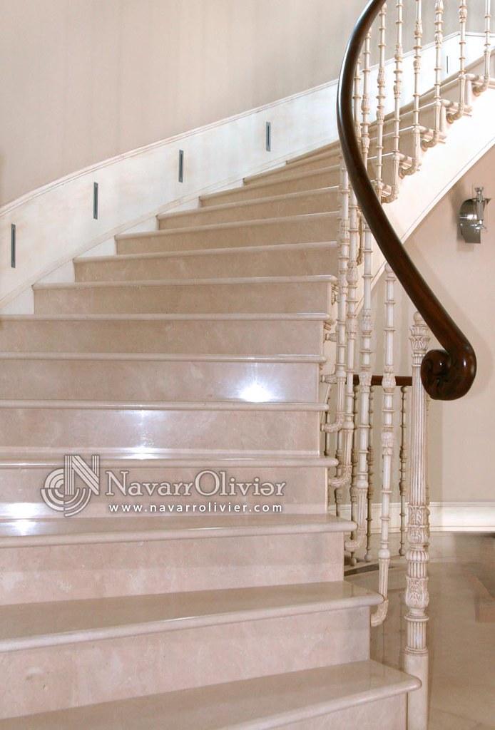 Pasamano escalera pasamano interior de la escalera del for Escalera plegable aluminio sodimac