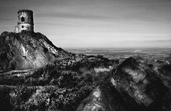Mow Cop Folly (Wayne Molyneux) Tags: bw landscape mono countryside nationalpark rocks cheshire northwest heather peakdistrict wayne boulders molyneux photosofcheshire