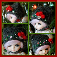 The Little Lati Kitty Helmet: When My Heart Finds Christmas (Euro_Trash) Tags: christmas embroidery website eurotrash crystalheart kittyhelmet latiyellow charcoalgrey