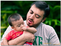 Bonding moments..... (Waqas-Z) Tags: pakistan child candid father bonding islamabad olympuse520 imagesbywaqasz zuikodigital50200mmed