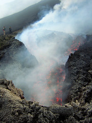 Looking into the hell...   - Etna Eruzione 2004 (Vulcanian) Tags: winter clouds volcano lava nikon rocks crater cielo ash sicily cave monte rocce etna montagna eruption catania sicilia magma vulcano fumo cratere terremoto cenere colata hornito hearthquake eruzione paroxysm valledelbove colatalavica mongibello parossismo