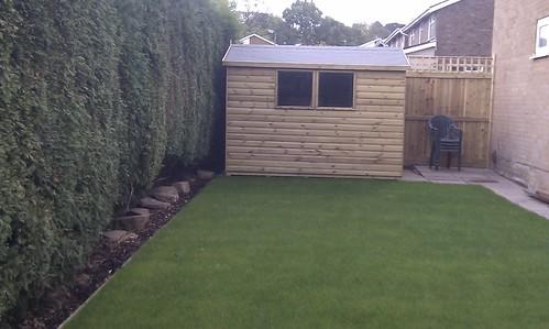 Hardwood Decking Alderley Edge - Modern Family Garden. Image 20