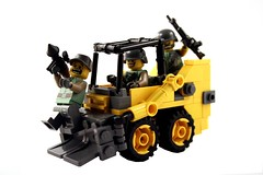 Battlefield 3: Skid Loader (it) Tags: 3 field island back wake lego battle battlefield loader bk skid b2k bf3 karkand bfbc2