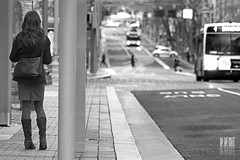 Waitin' For The Bus (Ian Sane) Tags: street woman white black bus buses oregon portland ian photography for downtown bokeh candid salmon images avenue 5th sane the waitin'