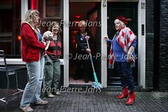 JPJ 3 generaties hoeren4.jpg (jeanpierrejans) Tags: woman amsterdam women nederland thenetherlands prostitute hooker redlightdistrict vrouw motherdaughter hookers noordholland hoer vrouwen sexworker wallen dewallen grootmoeder moederdochter generatie walletjes hoeren prostituee hoerenbuurt prostitutee prosrossebuurt