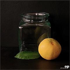 still life (Osvaldo_Zoom) Tags: family italy stilllife fruits yellow nikon citrus oranges clementine calabria arancia mapo clementina agrumi d80