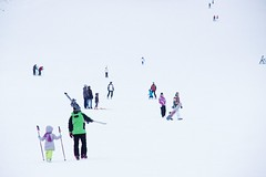 First lesson? (**Alice**) Tags: winter people snow ski skiers oameni zpad iarn 16105mm skiori nothingbutwhite poianabraov prtiabradu