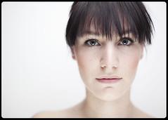 skin.I (Sasa Lazic) Tags: portrait color female sara clamshell strobist 430exii 5dmkii sasalazic yn560 cactusv5