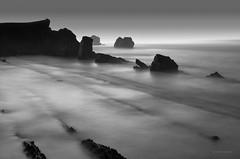 Penumbras (Ahio) Tags: longexposure nightphotography blackandwhite bw seascape twilight nocturnal explore moonlight cantabria marcantábrico cantabricsea arnia smcpentaxfa31mmf18allimited pentaxk5