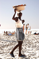 Chinaware (Matias Maggio) Tags: portrait beach frutas wonderful colombia colombian picture playa postcards cartagena portrato palenquera flickraward afrocolombiana rememberthatmomentlevel1