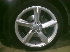 """Audi A8 19"""" in standard silver • <a style=""""font-size:0.8em;"""" href=""""http://www.flickr.com/photos/75836697@N06/6811066319/"""" target=""""_blank"""">View on Flickr</a>"""