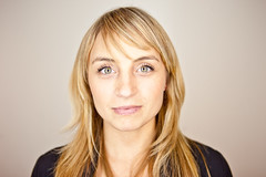 Ambrosia Humphrey - Hootsuite Staff Portraits (Kris Krug) Tags: people vancouver portraits technology faces software headshots yvr gastown dtes owly twitter invokemedia hootsuite