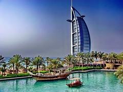 Madinat Jumeirah - Mina Al Salam Hotel (gerard eder) Tags: world travel boats dubai uae east middle barcas emirate jumeirah reise vereinigte
