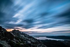 Amanecer en la Gran Caada, La Pedriza (elcrackdevk) Tags: madrid espaa canon paisaje tokina amanecer nubes nocturna montaa largaexposicin lapedriza 70d