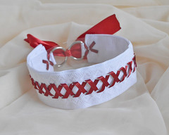Blood on snow - collar (ceressiass) Tags: red white snow cute modern contrast one necklace blood kitten play hand adult princess little cosplay handmade lace space gothic goth kitty jewelry bdsm made lolita human accessories elegant collar unisex thick alternative choker lacing laced