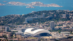 Stade Vlodrome depuis le sommet du Mont Saint-Cyr (ma_thi_eu) Tags: marseille notre dame mer water randonne panorama vue zoom lumix fz72 basilique ville town hauteur calanques mditerrane bateau boat ile football om olympique tour tower france 3 parc national calanque
