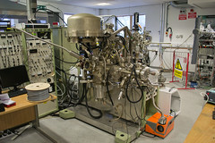 Equipment in the Vacuum Science Lab at the Cockroft Institute (Lizzy_tish) Tags: daresbury