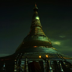 Shwedagon Pagoda (at dusk) (Elf-Y) Tags: canon ir 50mm pagoda shwedagon yangon infrared 5d myanmar f18