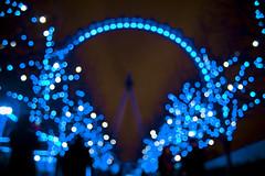 Bokeh ♥ (Jonathan.Russell) Tags: christmas uk blue trees england white london eye canon wow lens lights pretty bokeh tripod stunning kit 35 iconic 40d