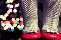 (Ocean.) Tags: christmas girl shoes american
