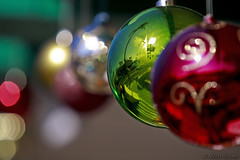 Christmas Ornaments (Mitch Ridder Photography) Tags: california decorations reflections highlights christmasballs christmasdecorations southerncalifornia orangecounty lagunabeach christmasornaments thecottagerestaurant