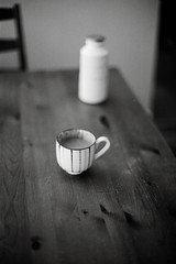 Cups and Such (DowntownRickyBrown) Tags: blackandwhite cup bokeh nikonf3hp measuringcup fujineopanacros selfdevelop nikkor50mm12ais ilfosol3 thevampirelair