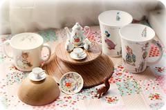 Tacitas Beatrix Potter (Noia Land) Tags: cute cup set tea conejo beatrixpotter peterrabbit mug te juego taza perico schleich royalalbert reutter huncamunca