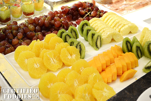 Fruits and fruit shots - don't you just love the burst of colors!