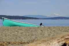BAKER RISES (DESPITE STRAIGHT LINES) Tags: usa mountain canada beach boat sand bc driftwood washingtonstate sidney mountbaker mtbaker islandviewbeach nikond300 ilobsterit