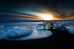 Sunrise At The Beach (Kristinn R.) Tags: sea sky ice clouds sunrise blacksand iceland jkulsrln breiamerkursandur