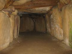 Kong Asgers Hj- Chamber (TomikoPL) Tags: grave denmark tomb kong chamber mound passage danmark dania mn hj grobowiec kurhan komora asgers sprove