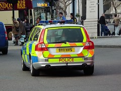 Met Police CLP (kenjonbro) Tags: uk london volvo estate traffic rear trafalgarsquare es d5 stationwagon clp v70 2011 kenjonbro anprfitted fujihs10 bx11hvs