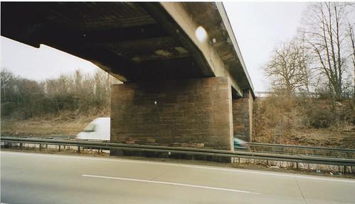 A8 BW 7018 503 Überführung bei Rasthof Pforzheim-Nord_005