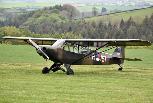 G-BIYR - Piper L-21B Super Cub   Eggesford