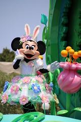 Hippity-Hoppity Springtime (sidonald) Tags: tokyo disney parade minnie minniemouse tokyodisneyland tdl  tdr tokyodisneyresort     hippityhoppityspringtime disneyseaster2016