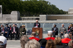 VE Day 2016 At The WWII Memorial  (361) (smata2) Tags: monument washingtondc dc memorial warmemorial veday nationscapital nationalworldwartwomemorial wwiiveteransremembrance