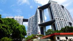 P1060925 (kfcatles) Tags: sun port singapore asia southeastasia chinatown gallery capital national cbd hdb equator pinnacles pagar tanjong