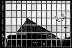 riflessioni al centro commerciale (kingeston) Tags: bw italy white black rome roma monochrome architecture nikon italia noir geometry centro commerciale bn riflessi bianco blanc nero architettura due cinecitt monocrome geometrie d7000 kingeston